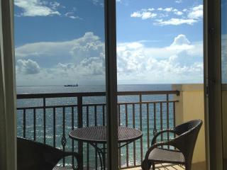 Oceanfront Studio - Atlantic Hotel - DIRECT OCEAN - Fort Lauderdale vacation rentals