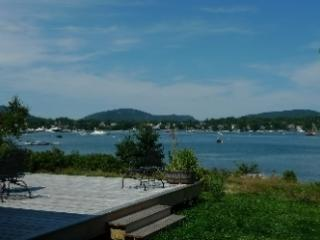 Bright 3 bedroom House in Southwest Harbor with Deck - Southwest Harbor vacation rentals
