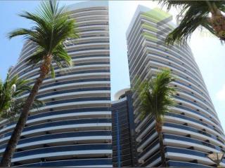 Amazing condo on the beach 1006t3 - Fortaleza vacation rentals