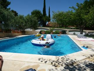 Nice House with Internet Access and A/C - Velaux vacation rentals
