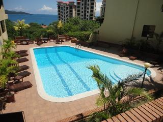 Luxury & Value in Playa Flamingo w. Resort Access - Playa Flamingo vacation rentals