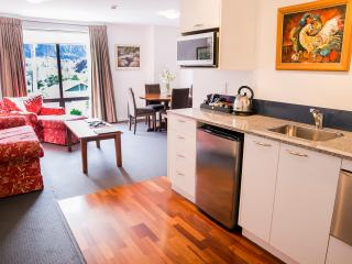 The Glebe Queenstown - 1 BR Apartment - 2 - Queenstown vacation rentals