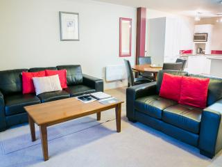 The Glebe Queenstown - Disabled Access Apartment - Queenstown vacation rentals