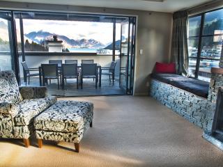 The Glebe Queenstown - Mt Aurum Penthouse - Queenstown vacation rentals