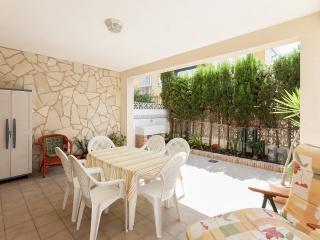 Llamàntol - 1043 - Oliva vacation rentals