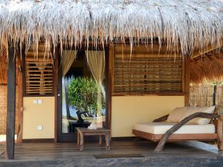 Gili Asahan Eco Lodge & Restaurant - Desa Sekotong Barat vacation rentals