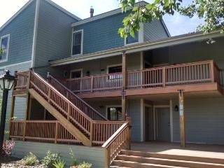 Rent this cozy condo in the heart of Pagosa Lakes, enjoy fishing and golf the 27 championship holes in Pagosa Springs. - Pagosa Springs vacation rentals