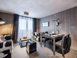Perfect Condo with Internet Access and Balcony - Courchevel vacation rentals