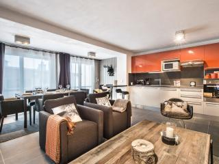 Perfect 2 bedroom Apartment in Courchevel with Internet Access - Courchevel vacation rentals