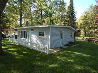 Wonderful 2 bedroom Cottage in Cadillac - Cadillac vacation rentals