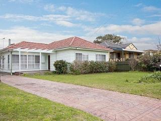 BLAIRGOWRIE BEACH Only 250 METRES - Blairgowrie vacation rentals