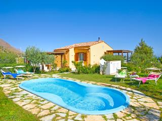 2 bedroom House with DVD Player in Santa Caterina Villarmosa - Santa Caterina Villarmosa vacation rentals