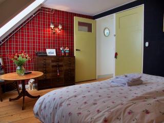 B&B Herenhuis Dordrecht, monumentaal huis - Dordrecht vacation rentals