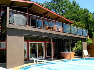 Nice House with Internet Access and Garage - Guerneville vacation rentals