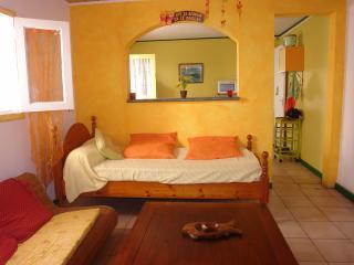 Nice Condo with Internet Access and Washing Machine - Saint-Pierre De La Reunion vacation rentals