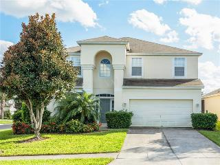 (6WHS77TB12) Spacious Vacation Home Rental House with Private Pool and Spa! - Kissimmee vacation rentals