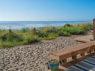 Oceanfront Neskowin Beauty with Easy Beach Access! - Neskowin vacation rentals