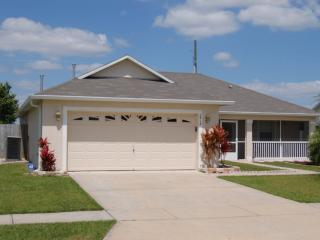 Pet-Friendly 3 Bedroom Villa with Pool and Fully Fenced Garden *2418 - Kissimmee vacation rentals