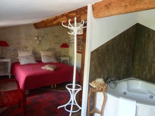 1000 délices-Chambre prestige - Lagrasse vacation rentals