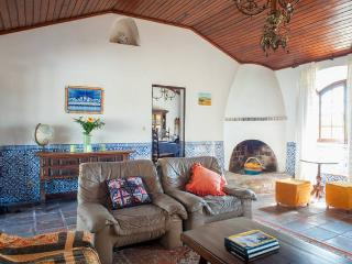 The Mirante Beach House Hideaway - Peniche vacation rentals