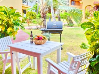 Beach House Mariposa 1bdr + WiFi + Pool - Bavaro vacation rentals