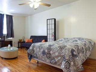 Best Private Apt in NYC - Queens - Queens vacation rentals