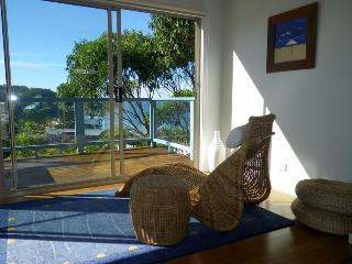 Spacious 4 bedroom House in Copacabana - Copacabana vacation rentals
