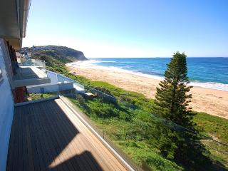 UPSTAIRS AT KALAKAU Views - Forresters Beach vacation rentals
