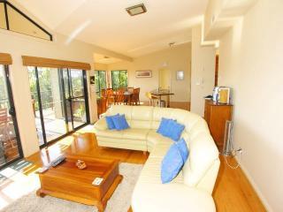 Perfect 6 bedroom House in Copacabana - Copacabana vacation rentals