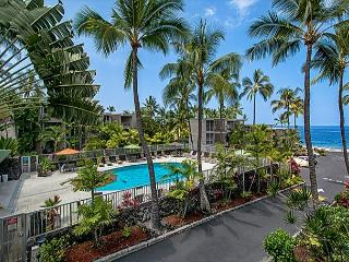 Alii Villas 221 Gorgeous 2nd flr condo with Ocean View, Wifi, & Close to Pool - Kailua-Kona vacation rentals