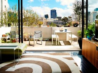 SURRY HILLS OASIS - Contemporary Hotels - Sydney vacation rentals
