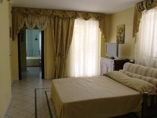 Nice Villa with Deck and Internet Access - Ciampino vacation rentals