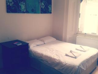 Studio flat in Bayswater - London vacation rentals