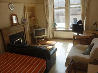 Double room with lounge WI-FI - Edinburgh vacation rentals