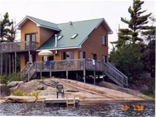 Cooks Cottage waterfront southern exposure - Pointe au Baril vacation rentals