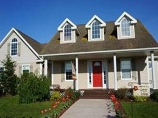 Beautiful 4 bedroom Summerside Cottage with Internet Access - Summerside vacation rentals