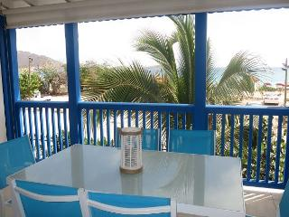 BEACHFRONT and OCEANVIEW Condominium in Orient Beach - Orient Bay vacation rentals