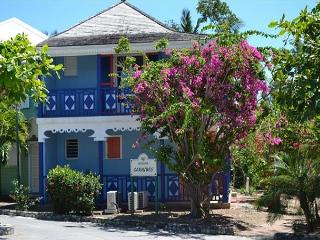Orient Beach Location Location and value !! - Orient Bay vacation rentals