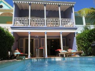 Orient Beach TOWNHOME w/ Private Pool and 1 min to Beach - Orient Bay vacation rentals