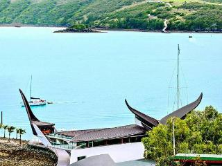 Heliconia 1 Hamilton Island 3 Bedroom Ocean View Spacious Holiday Accommodation - Hamilton Island vacation rentals