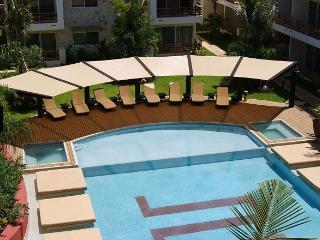 SAB - Beautiful 2Bd Apartment Downtown 3402 - Playa del Carmen vacation rentals