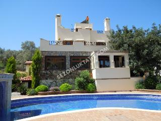 Torba luxory villa Gael - Torba vacation rentals