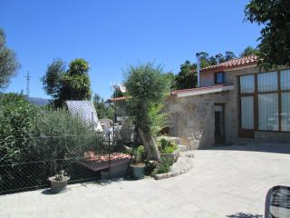 2 bedroom Farmhouse Barn with Deck in Geres - Geres vacation rentals