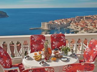 Perfect 3 bedroom Dubrovnik Condo with Internet Access - Dubrovnik vacation rentals