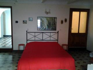 Romantic 1 bedroom Apartment in Palazzolo Acreide with Central Heating - Palazzolo Acreide vacation rentals