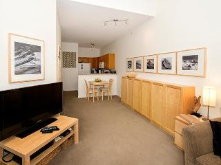 1 bedroom Apartment with Deck in Whistler - Whistler vacation rentals