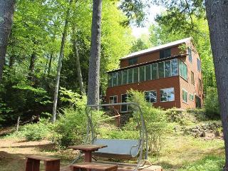 Pet-Friendly Waterfront Home on Lake Waukewan (REU96W) - New Hampton vacation rentals