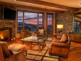 These views know no borders. Literally. Close to Gondola - Sunset Peaks at See Forever - Mountain Village vacation rentals