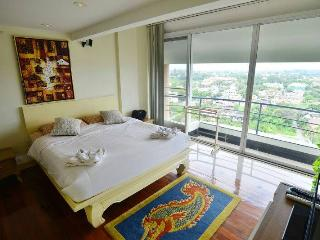 2BR Penthouse on topfloor in city - Chiang Mai vacation rentals