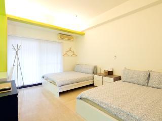 Ximending Star Horse 4 - Quad Comfort Room - 10 - Taipei vacation rentals